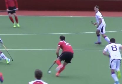 Brilliant teamwork and passing sets up great hockey goal