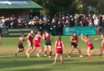 Throw-in clears ruckmen and hands forward an absolute gift