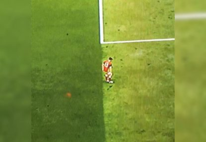 Houdini on the pitch! The great FIFA vanishing trick