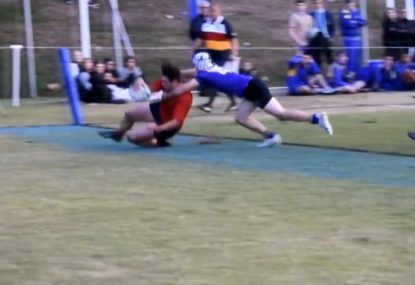 Cheeky flick pass-offload gifts winger a meat pie