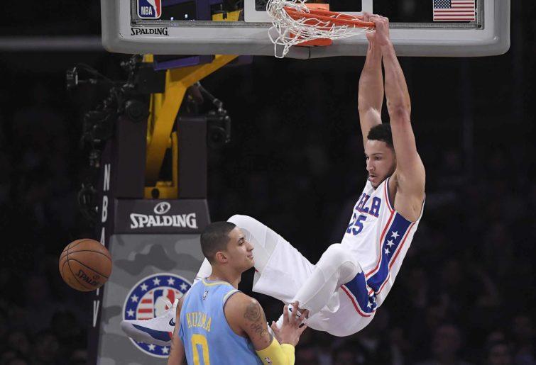 Ben Simmons dunks over Kyle Kuzma
