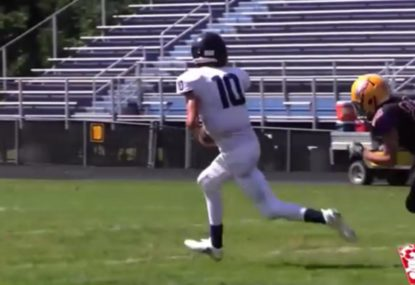 Quarterback slices defence up the guts for super solo touchdown