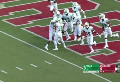 Punt returner fools team with a genius play to score an incredible touchdown