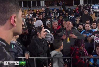 Kiwi fans bust out impromptu haka for Watene-Zelezniak mid-interview