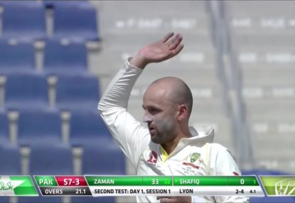 Nathan Lyon takes 4 wickets in 6 balls to destroy Pakistan