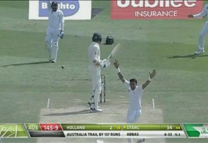 Pakistan referral ends innings for luckless Aussies