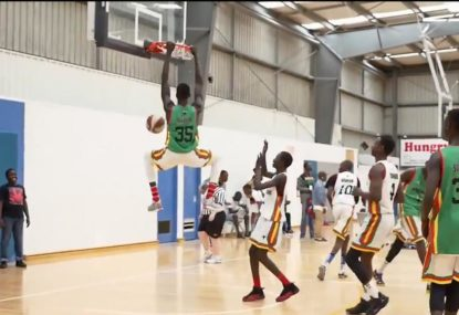 Sensational alley-oop pulled of to perfection