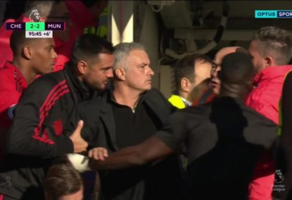 Jose Mourinho loses it over Chelsea assistant's classless celebration