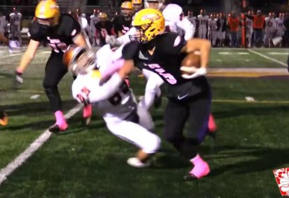 Absolutely savage fend off makes opponent kiss the turf
