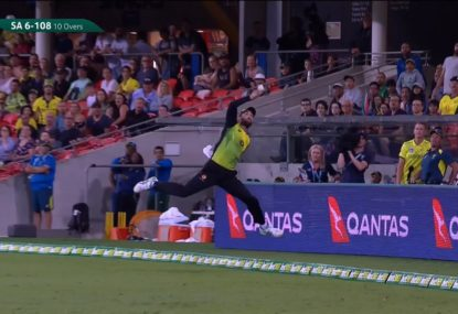 Maxwell strikes twice taking brilliant boundary catch