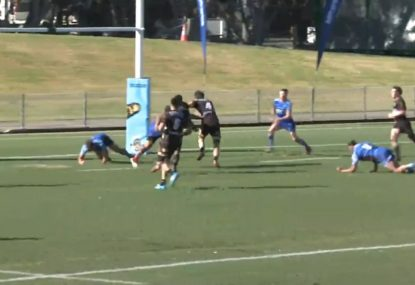Second rower's unexpected footwork burns stumbling defenders