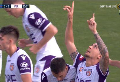 Glen Moss blunder gifts Jason Davidson simple goal to double Perth's advantage