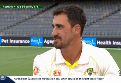 Starc responds to Warne's criticism of his 'atrocious' Adelaide display