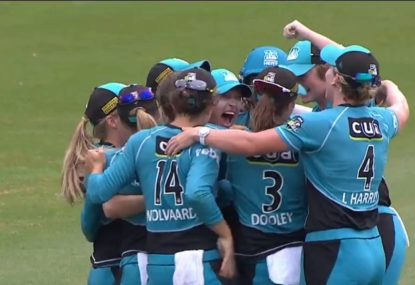 Epic catch on the last ball sends the Heat into the WBBL final