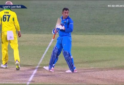 Bizarre moment as umpires and MS Dhoni all forget basic cricket rule