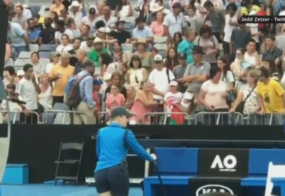 Two ladies fight at the Australian Open over players' headband
