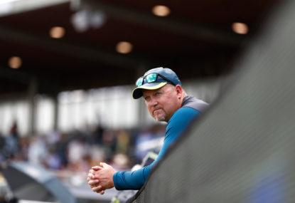 Bombshell dropped as Australian bowling coach quits