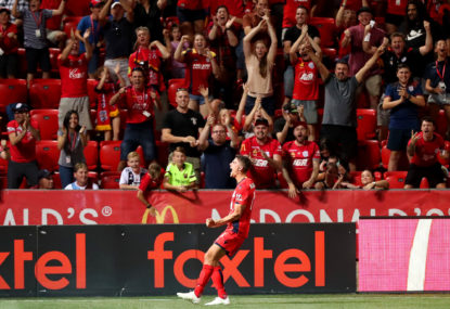 Ten-man Reds stun nine-man Roar in A-League