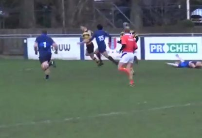 Fullback humiliates defence with turf-torching kick return