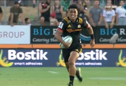 The Chiefs open the 2019 Super Rugby season with a brilliant try