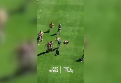 Eddie Betts take pre-season screamer