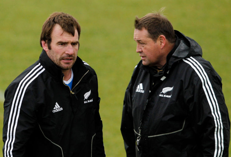 Andrew Hore talks to Steve Hansen at All Blacks training