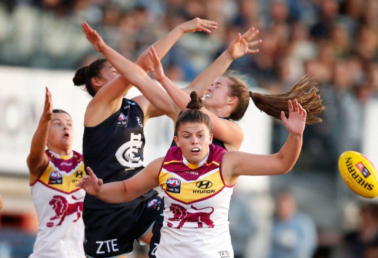 Carlton and Brisbane AFLW teams