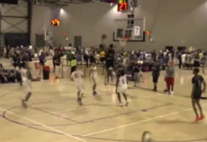 Highschool baller takes flight for epic one-handed alley-oop