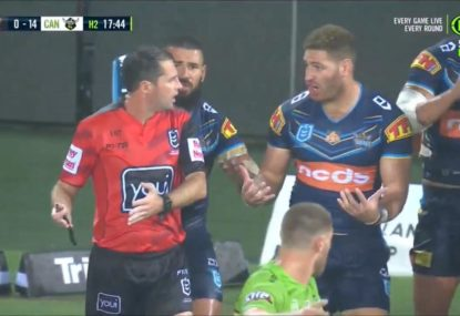 Mass confusion as bizarre referee-sideline official mix-up leaves Titans filthy