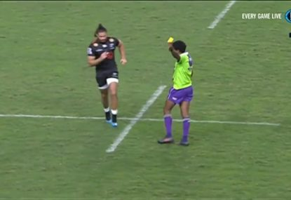Uncalled for clanger off the ball sees the Sharks denied a brilliant try