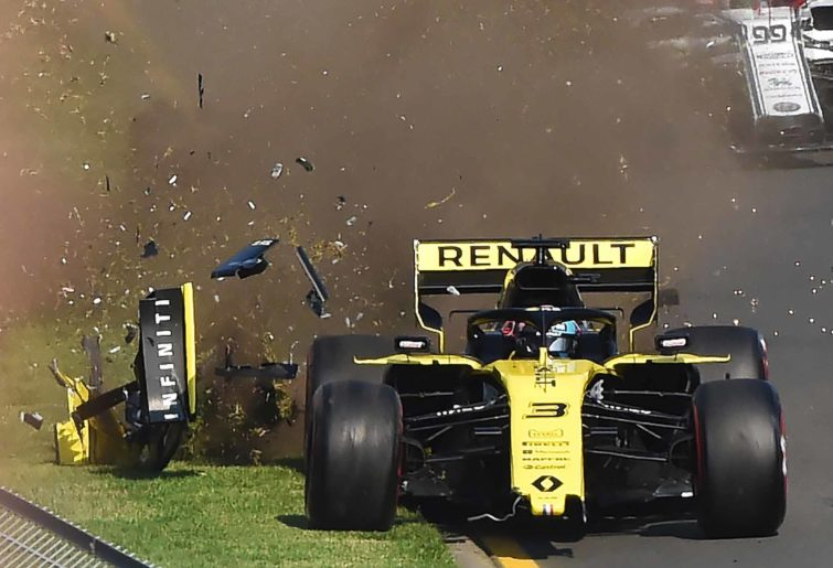 Renault crash