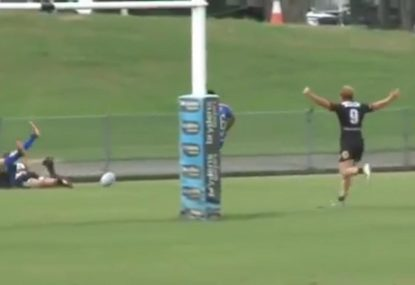 Flyhalf takes off on Usain Bolt-like kick chase to score a 70m pie