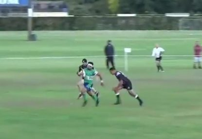 Quick thinking scrumhalf sees up nice meat pie from tap
