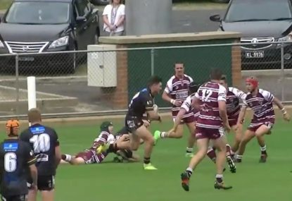 Backrower turns fancy flick-pass into BULLDOZER try