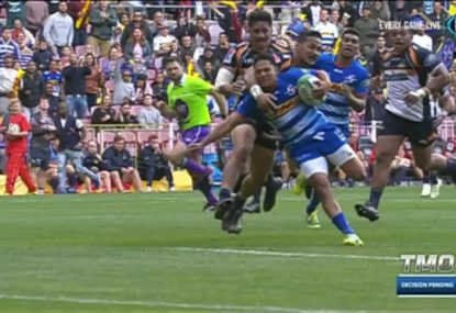 Brumbies get hit with controversial penalty try against the Stormers