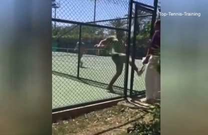 Tennis player has huge tantrum, chases official off court