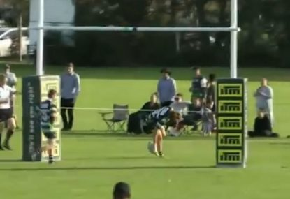 Winger takes the mickey out of final defender in cheeky showboat