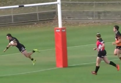 Speedy second rower goes off after scoring breathtaking 50m try