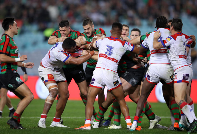 Knights-Rabbitohs fight