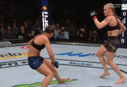 UFC champion defends title with vicious head kick