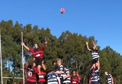 Forward powers into defensive wall in perfect LINE-OUT PLAY