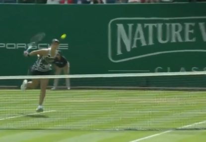 Ash Barty hits a shot so good even her opponent says 'Wow!