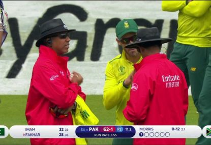 Faf du Plessis grills the umps as catch controversially turned down