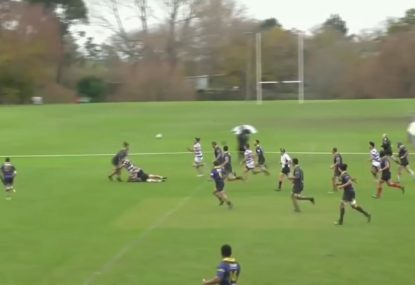Quick line-out sets up extraordinary razzle dazzle long-range try