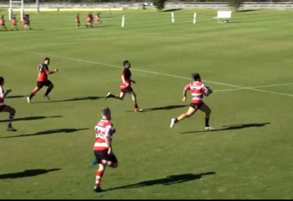 Big Boppa burns the backs to finish off 100m counterattack try