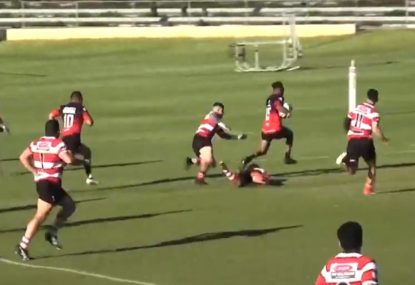 Lightning fullback turns five defenders inside out in dazzling try