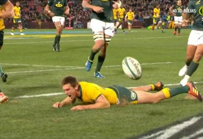 DHP's comical bombed try perfectly sums up disappointing Wallabies loss
