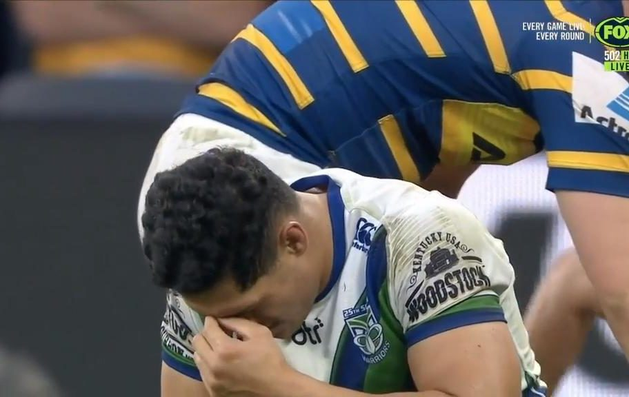RTS and Warriors robbed by shock forward pass call