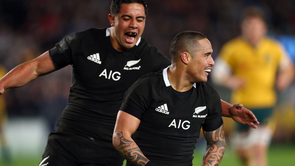 All Blacks lock in Aaron Smith for next Rugby World Cup