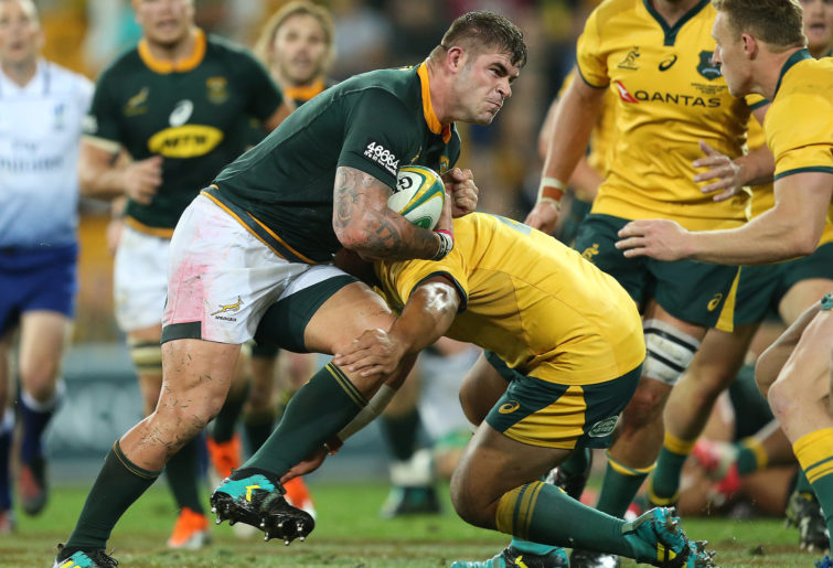 Malcolm Marx battles the Wallabies.